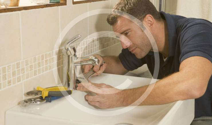 Got a leak? Be sure to hire an experienced plumber